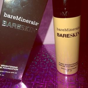 bareMinerals BARESKIN BRIGHTENING SERUM FOUNDATION